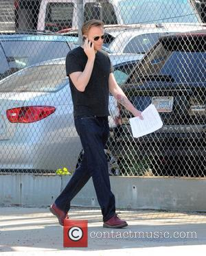 Paul Bettany talks on his cell phone whilst walking in Manhattan New York City, USA - 03.06.11