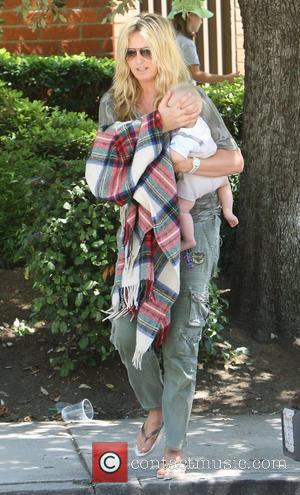 Penny Lancaster spends some time with her youngest son Aiden, at Coldwater Canyon Park Beverly Hills, California - 14.08.11