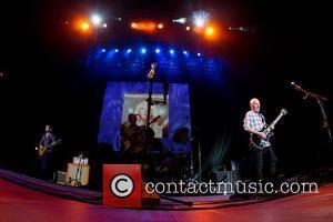 Peter Frampton performing live at Pavilhao Atlantico Lisbon, Portugal - 05.11.11