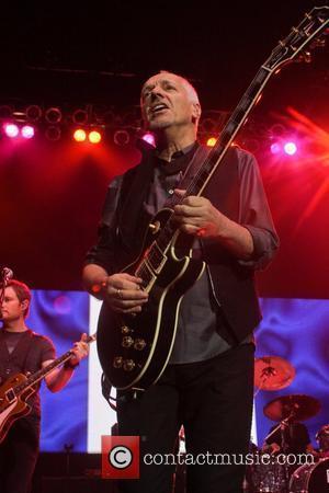 Peter Frampton performs at the Seminole Hard Rock Hotel and Casinos' Hard Rock Live Hollywood, Florida - 09.10.11