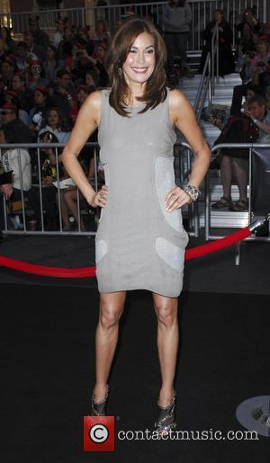 Teri Hatcher Teams Up With Charity To End Childhood Hunger