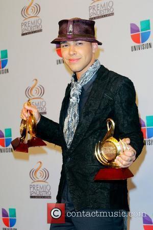 Prince Royce Dominates Univision Awards