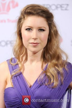 Hayley Westenra Breaks Down At Earthquake Tribute