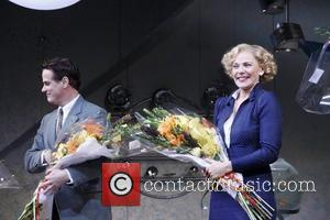 Paul Gross and Kim Cattrall