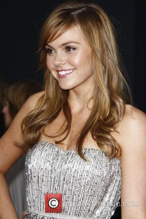 Aimee Teegarden World Premiere of 'Prom' at the El Capitan Theatre Hollywood, California - 21.04.11