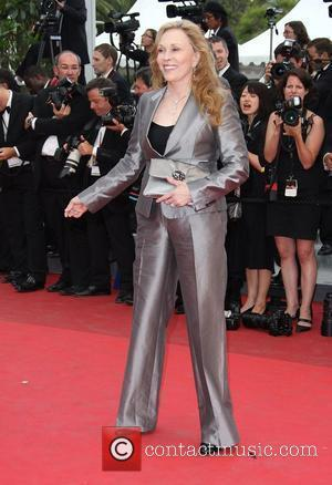 Faye Dunaway 2011 Cannes International Film Festival - Day 12 Les Bien-Aimes Premiere And Closing Ceremony Arrivals Cannes, France -...