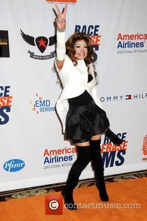 La Toya Jackson, Kym Johnson
