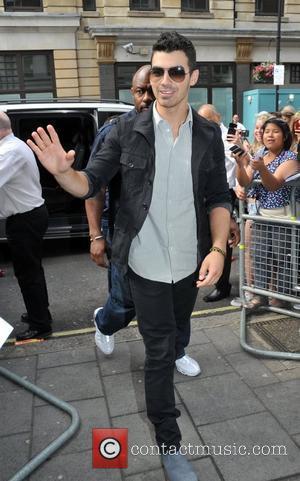 Joe Jonas To Debut Solo Video On Wednesday Night