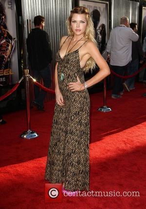Sophie Monk Los Angeles premiere of Real Steel held at Universal City Walk Cinemas Hollywood, California - 02.10.11