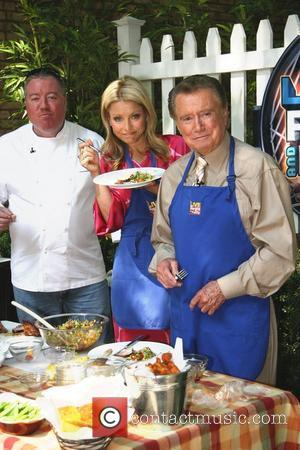 Kelly Ripa and Regis Philbin