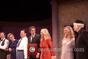 Steve Guttenberg, Katherine Borowitz, Lisa Emery and Marlo Thomas