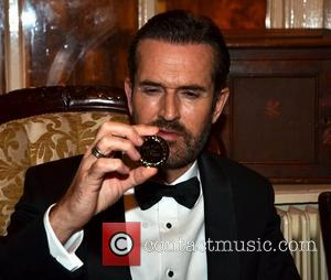 Rupert Everett, Drama and Oscar Wilde