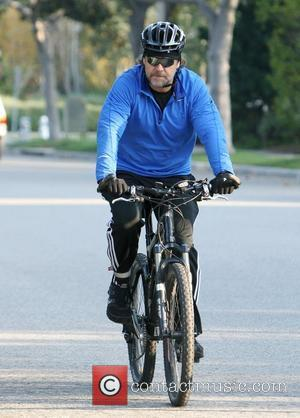 Russell Crowe dressed in adidas sportswear goes cycling in Beverly Hills. Los Angeles, California - 15.11.11