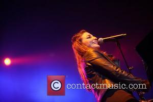 Sara Bareilles Mentors Young Singers At Rock Camp