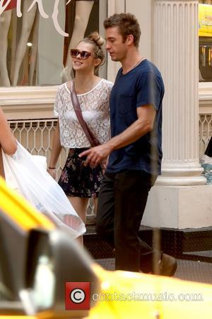 Teresa Palmer and Scott Speedman take a stroll through Soho on a sunny day New York City, USA - 29.06.11