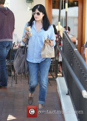 Selma Blair Wants To Use Paparazzi Shots For Baby Scrapbook