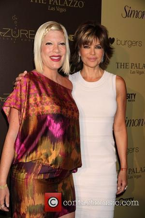 Tori Spelling and Lisa Rinna