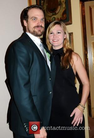 David Harbour and Julia Stiles