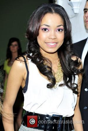 Grieving Dionne Bromfield And Ronson Cancel Gigs