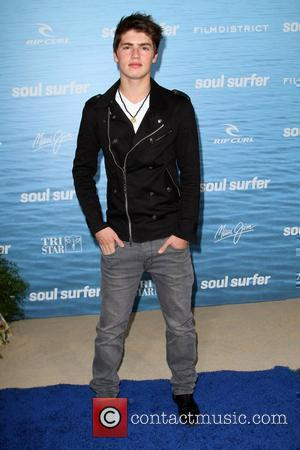 Gregg Sulkin Soul Surfer Los Angeles Premiere Held At the ArcLight Cinerama Dome Hollywood, California - 30.03.11