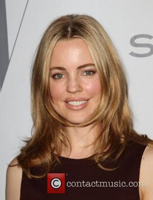 Melissa George and Beverly Hilton Hotel