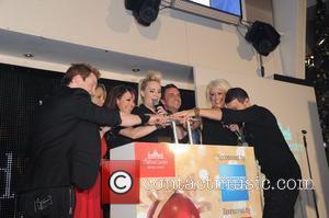 Lee Latchford-evans, Claire Richards, Faye Tozer, Lisa Scott Lee and Steps