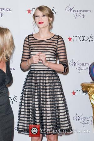 Taylor Swift and Macy's