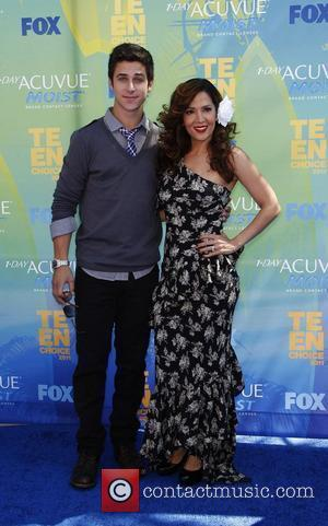 Maria Canals-Barrera and David Henrie 2011 Teen Choice Awards held at Gibson Amphitheatre - Arrivals Universal City, California - 07.08.11