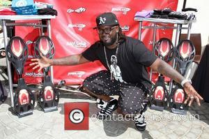 T-Pain 102.7 KIIS-FM host gifting lounge in honor of The 13th Annual Fox Teen Choice Awards held at The W-Los...