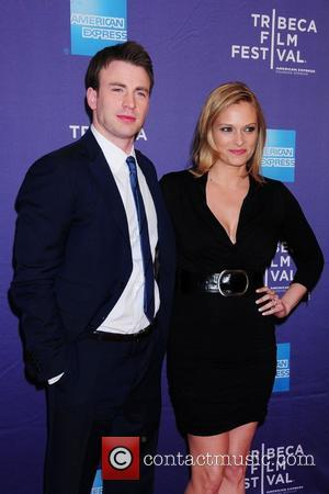 Chris Evans and Vinessa Shaw