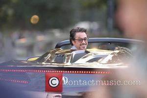 Robert Downey Jr, Chris Evans, Chris Hemsworth, Mark Ruffalo, Scarlett Johansson and Tom Hiddleston