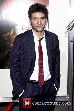 Josh Radnor Premiere of 'The Descendants' at Samuel Goldwyn Theatre in Beverly Hills - Arrivals Los Angeles, California - 15.11.11