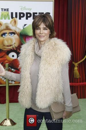 Lisa Rinna Shutting Down Store