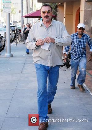 Tom Selleck leaving a medical building on Bedford Boulevard in Beverly Hills Los Angeles, California, USA - 18.10.11