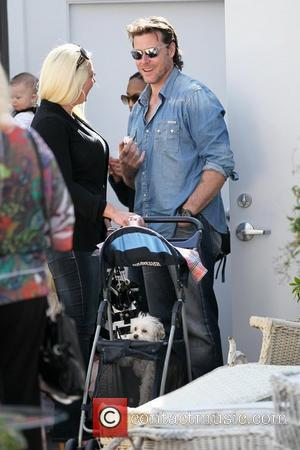 Dean McDermott films his reality show at Inventori boutique in Sherman Oaks Los Angeles, California - 14.02.11