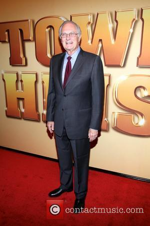 Alan Alda Nearly Killed On Stage Three Times
