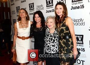 Jane Leeves, Betty White, Valerie Bertinelli and Wendy Malick