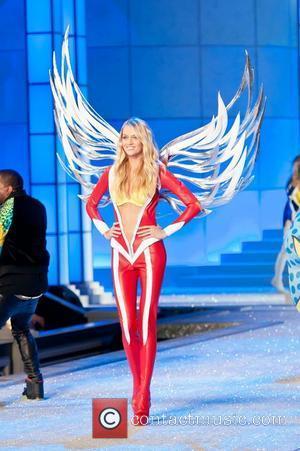 Model, Miranda Kerr and Victoria's Secret