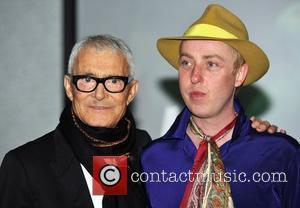 Vidal Sassoon, Pioneer Of Modern Fashion Dies, Aged 84