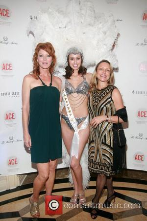 Cynthia Basinet, Caesars Entertainment Model Ashley Scott and Roxanne West  The Association of Community Employment Programs for the Homeless...