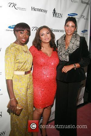 Estelle, Egypt Sherrod and Tracy Wilson Mourning  The 3rd Annual WEEN Awards at Samsung Experience inside the Time Warner...