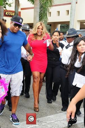 Wendy Williams and husband Kevin Hunter  Wendy Williams is welcomed by a large crowd as she kicks off her...