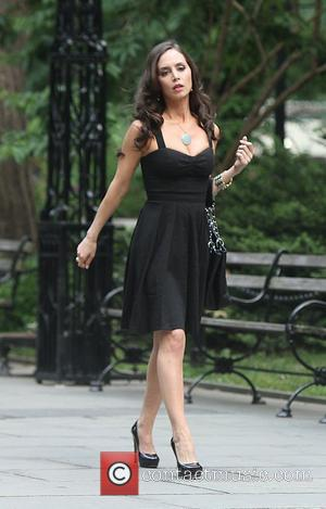 Eliza Dushku is seen shooting 'White Collar' in New York City New York City, USA - 10.06.11