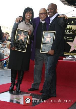 CeCe Winans, BeBe Winans and Quincy Jones BeBe Winans and CeCe Winans are honoured on the Hollywood Walk of Fame...