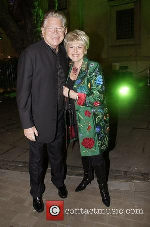 Gloria Hunniford, Palladium and Wizard Of Oz