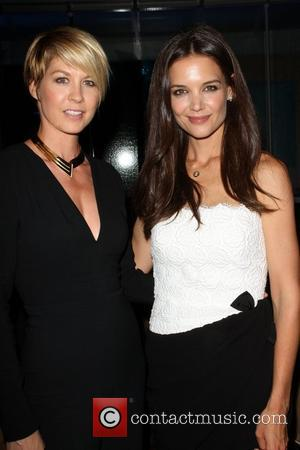 Jenna Elfman and Katie Holmes
