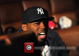 50 Cent Turns Boxing Promoter For Floyd Mayweather, Jr.