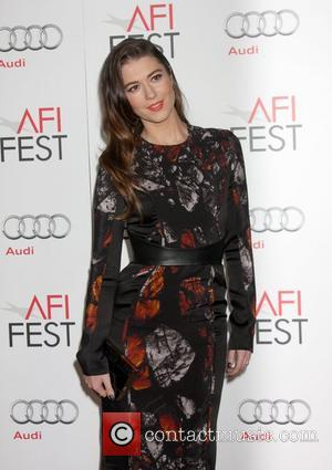 Mary Elizabeth Winstead and Grauman's Chinese Theatre