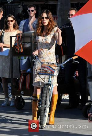 Michelle Monaghan filming her new movie on Venice Beach, a romantic comedy titled