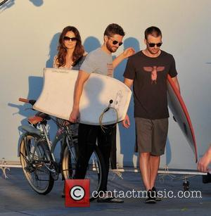 Michelle Monaghan, Topher Grace and Chris Evans filming their new movie on Venice Beach, a romantic comedy titled